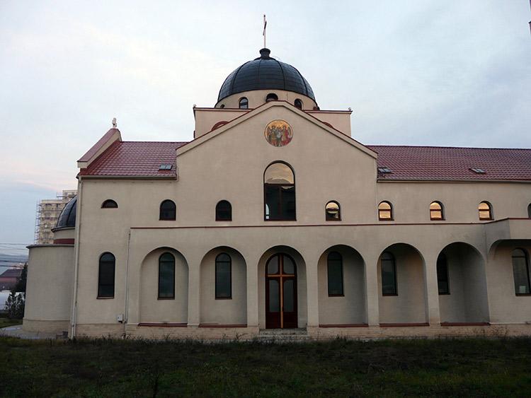 Клуж - Греко-Католическая Церковь Сошествие Святого Духа, Мэнэштур 1 Запад